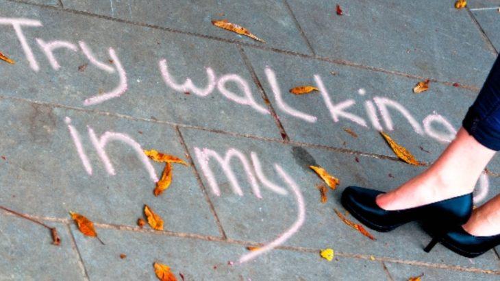ハイヒールを快適に履いて歩く